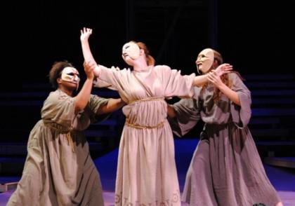 تراژدی در یونان باستان و نمایش درام ساتیر
